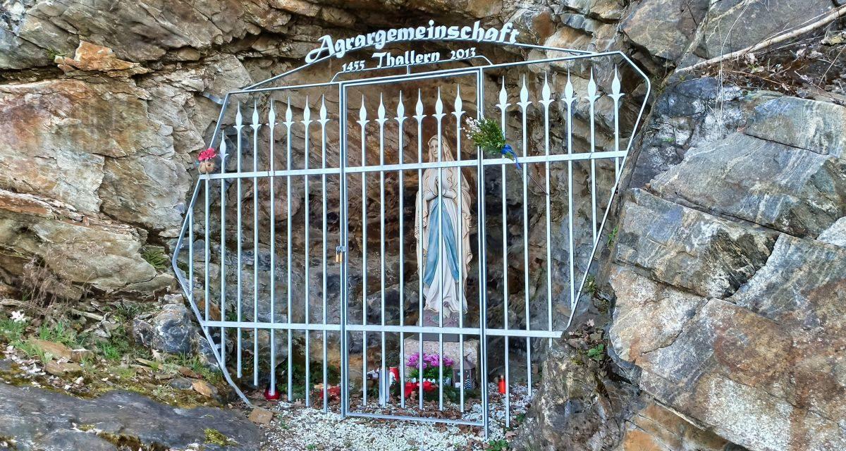 Rundwanderung von Brunnkirchen über die Felsengrotte und den Warzenstein